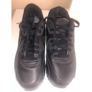 Nike Air max 90 Boys Size:  5.5